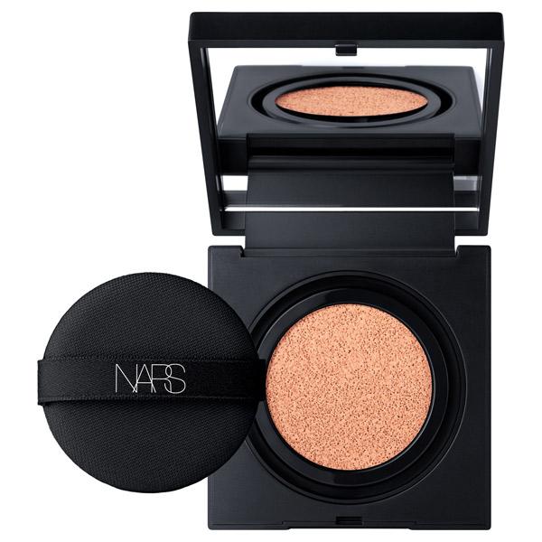 ナチュラルラディアント ロングウェア クッションファンデーション / SPF50 / PA+++ / レフィル / 5877(ピンクベースの明るい肌色)